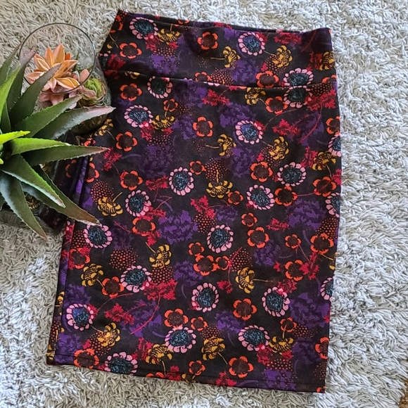 🖤Lularoe 🤍 Cassie Skirt Women